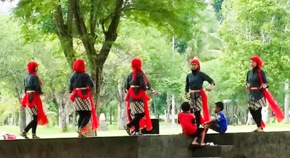 08012016-Borobudur_danse traditionnelle