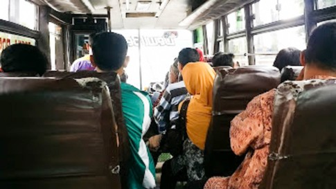 08012016-Yogyakarta_Bus Borobudur