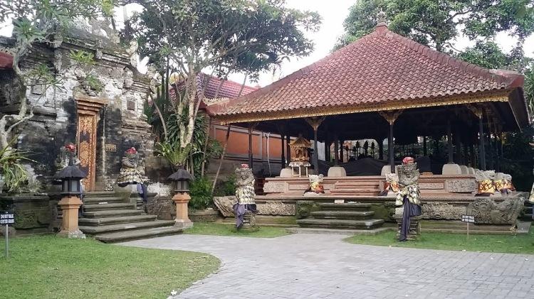 Ubud_Palais