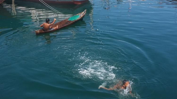 Wuring_Enfants qui nagent