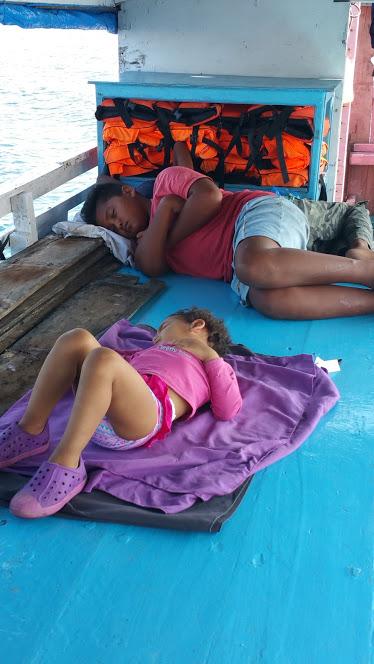 Labuan Bajo_dodo de leyna bateau