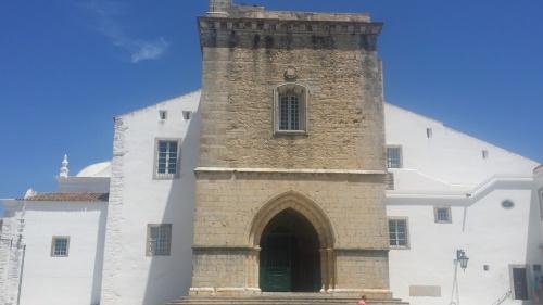 Faro Eglise