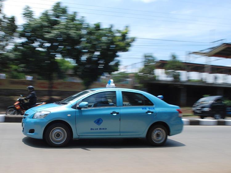 Medan Taxi blue bird
